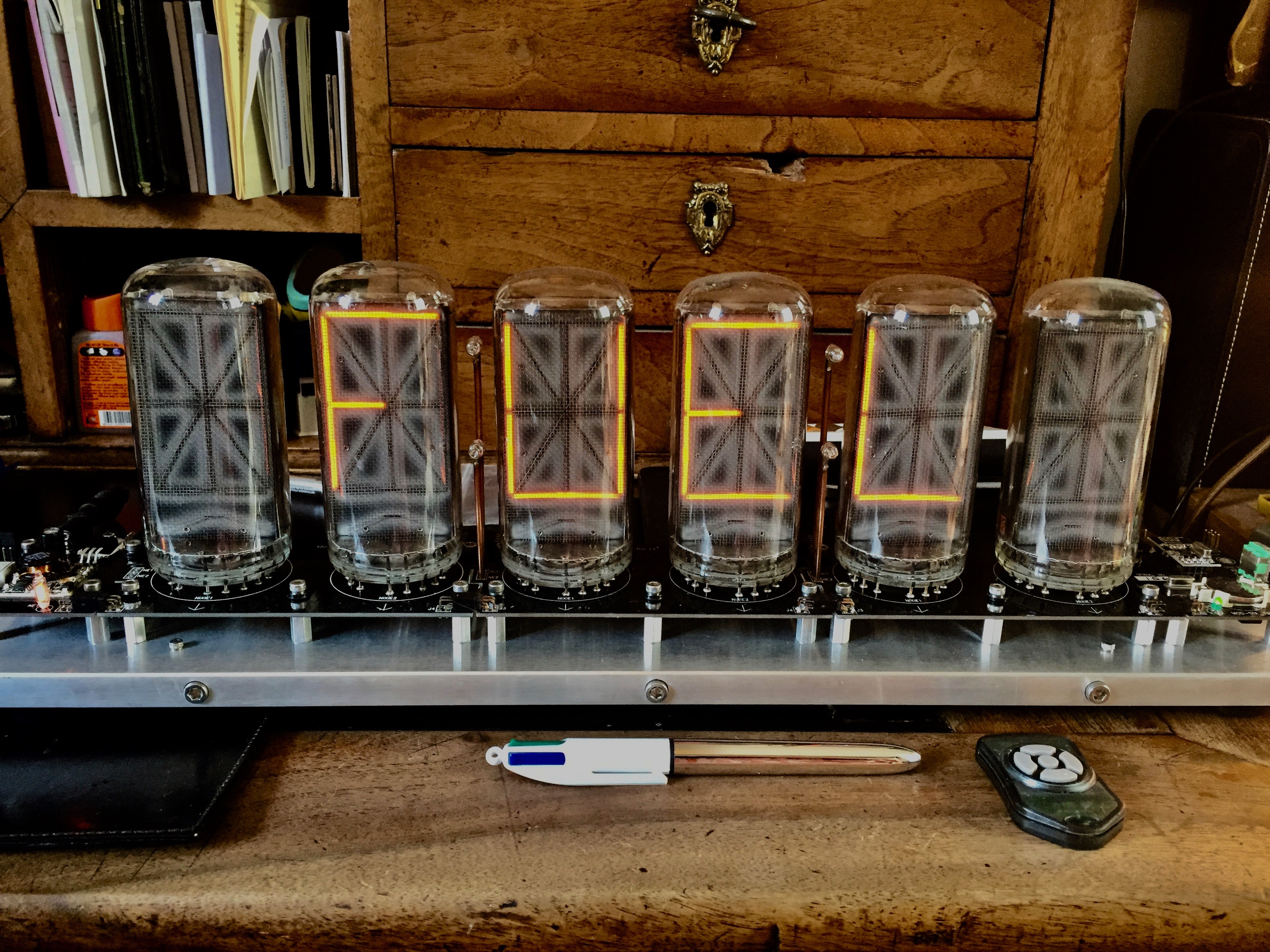 Collector Giant Nixie Clock - Mod_Six Clock: a masterpiece with 6 B-7971  nixie tubes - Museum quality huge clock
